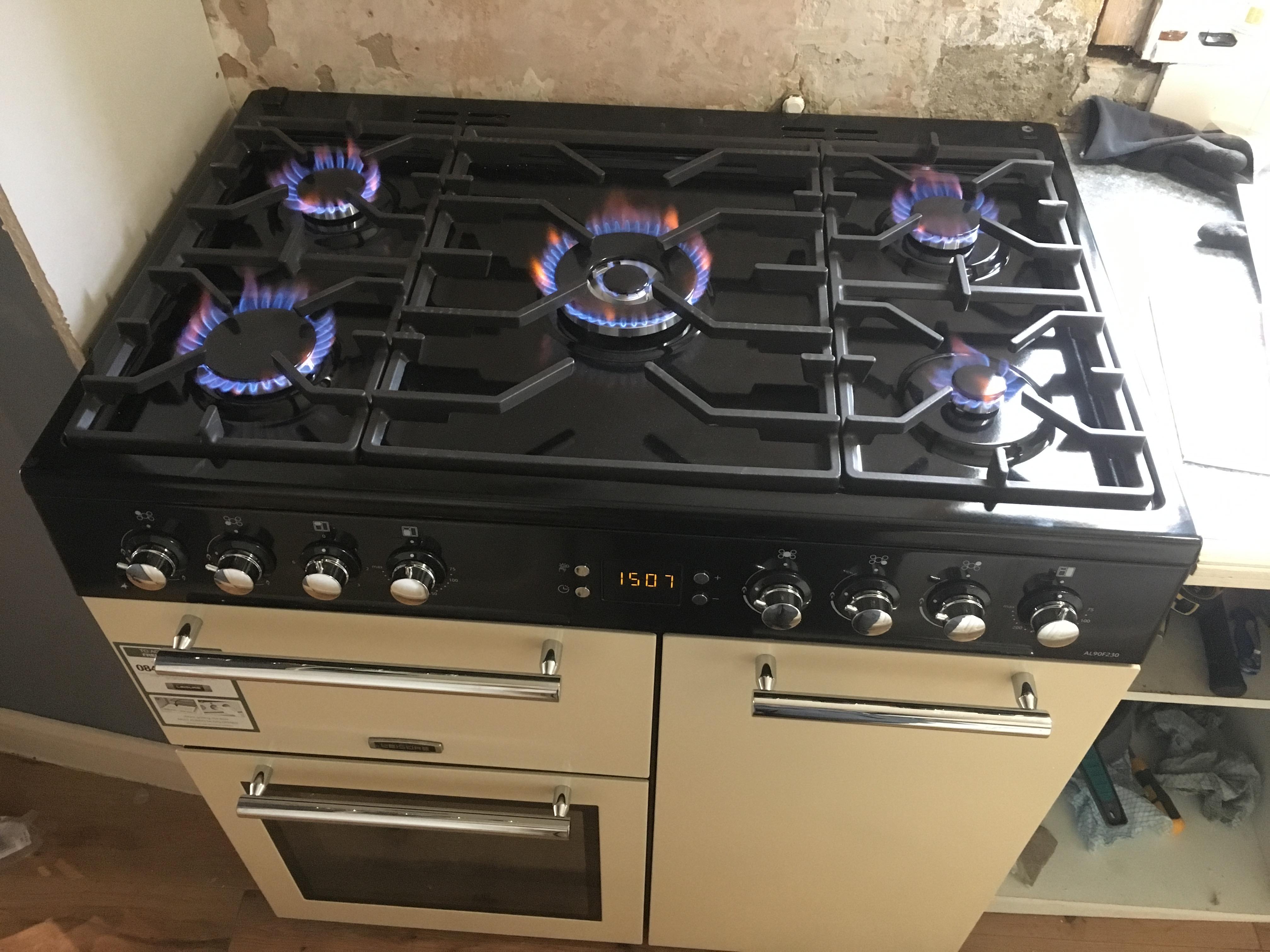 Installation of Range Cooker Leisure